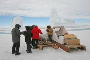 Arctic Kingdom lunch break