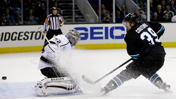 Logan Couture (39) of the Sharks tries to score on Kings netminder Jonathan Quick in Game 1 at SAP Center last Thursday.