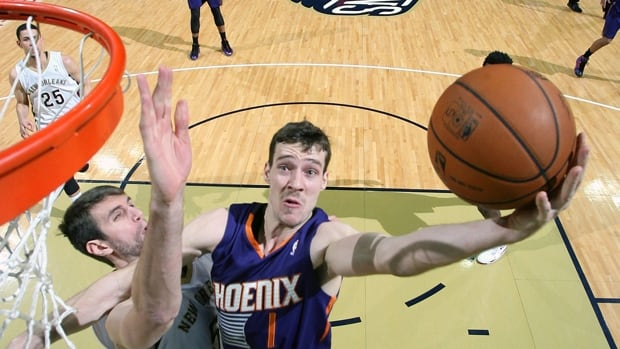 Goran Dragic averaged 20.3 points, 5.9 assists, 3.2 rebounds and 35.1 minutes in 75 starts for the Phoenix Suns this season.