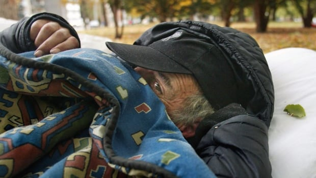 The Calgary Homeless Foundation says Calgary's efforts to combat homelessness are paying off even in the face of heavy migration and scarce affordable housing.