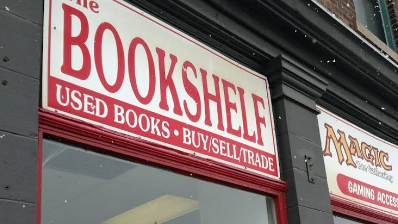 Lack of customers forces The Bookshelf to close after 14