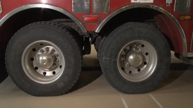 Gatineau's fire department had to replace faulty tires that caused some Gatineau fire trucks to swerve on the road because the 30-ton trucks were too heavy for the tires to support.