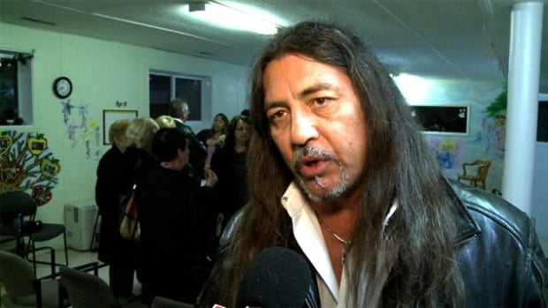 Grand Chief Serge Simon was re-elected in Kanesatake, receiving 390 votes.