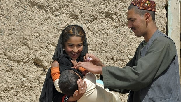 Polio vaccination in Afghanistan