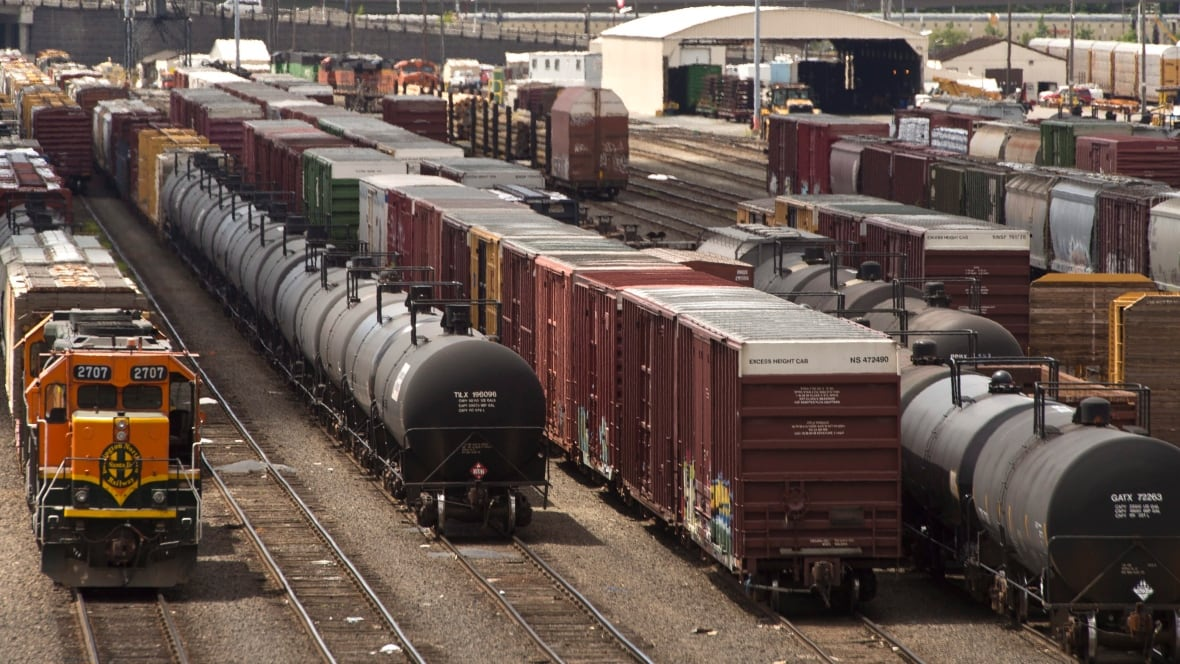 Used Cars Waterloo >> TransCanada moving oil by rail not as simple as it seems - Politics - CBC News