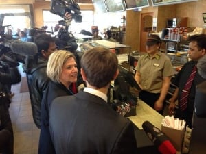 Horwath promises to up minimum wage
