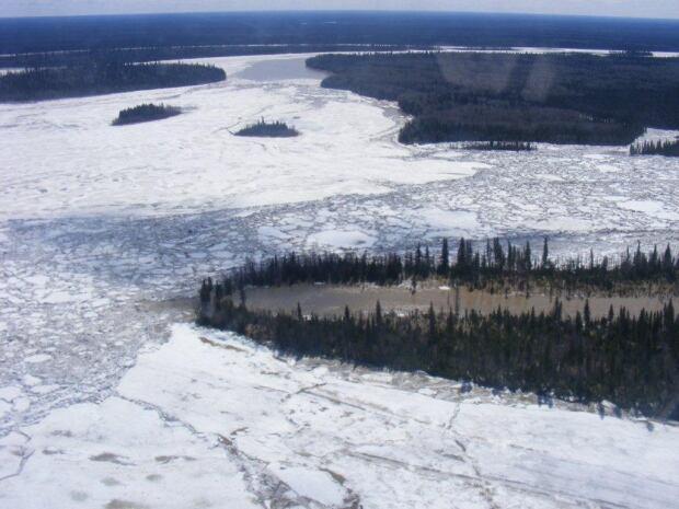 Ice jams on Moose River