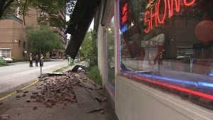 Sex shop roof collapse blocks downtown Vancouver traffic