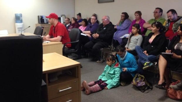 Food truck owner Josh Tyler addresses Inuvik town council Wednesday night.