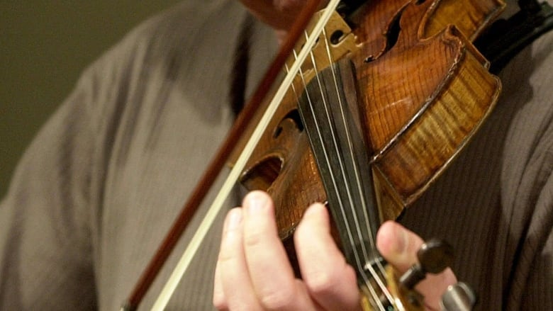 manitoba first nation wants used fiddles to help keep students on