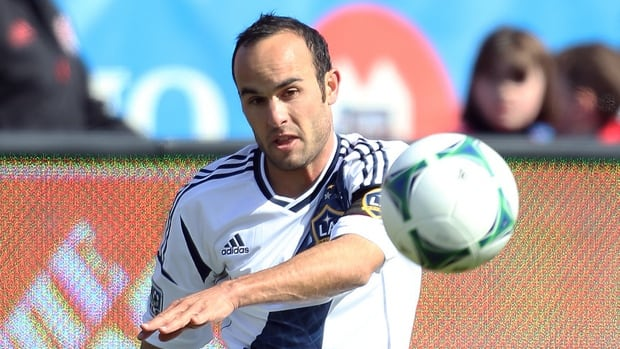 American international Landon Donovan of the Los Angeles Galaxy broke the MLS record for career goals scored on Sunday.