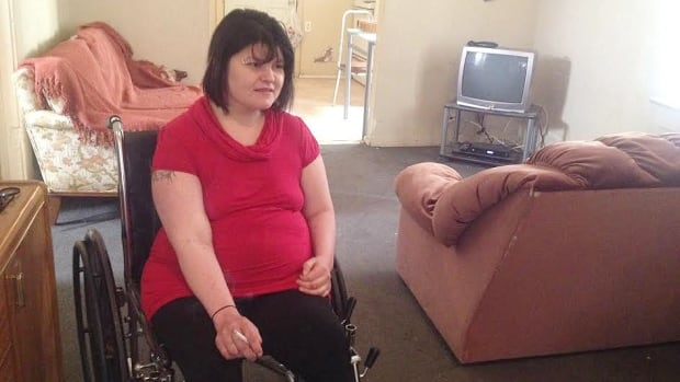 Tammy Homeniuk said a Winnipeg hospital broke its own rules when she was sent home from hospital without being prepared to be alone.
