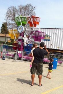 Southdale ferris wheel