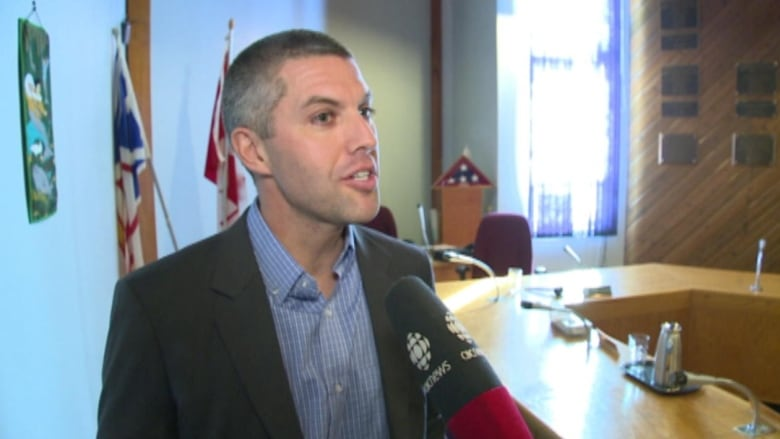 Services lost if temporary foreign workers can't stay: Jamie Snook