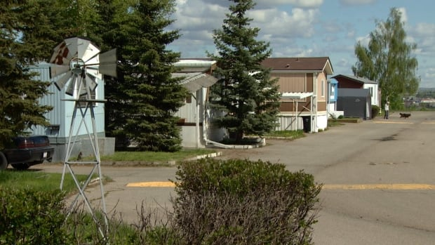 The city announced Tuesday it is closing the Midfield Mobile Home Park in northeast Calgary in 2017.