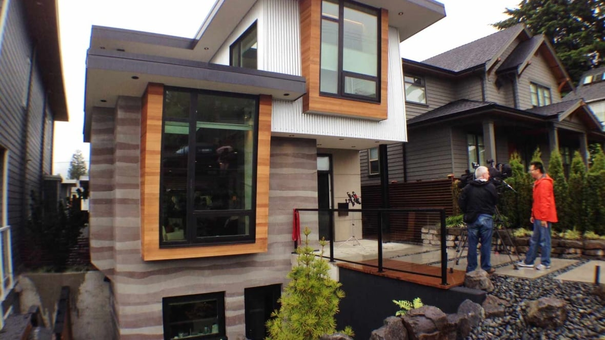 39 Net Zero 39 Home Makes More Energy Than It Uses Says