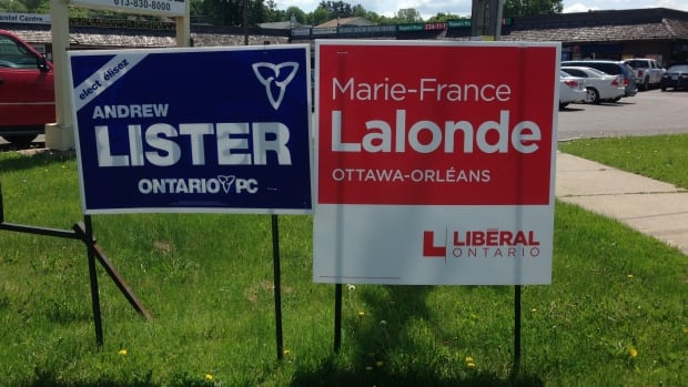 In Ottawa-Orléans, the incumbent party, the Liberals, have new candidate Marie-France lalonde while 2011's runners-up, the PCs, are bringing Andrew Lister back.