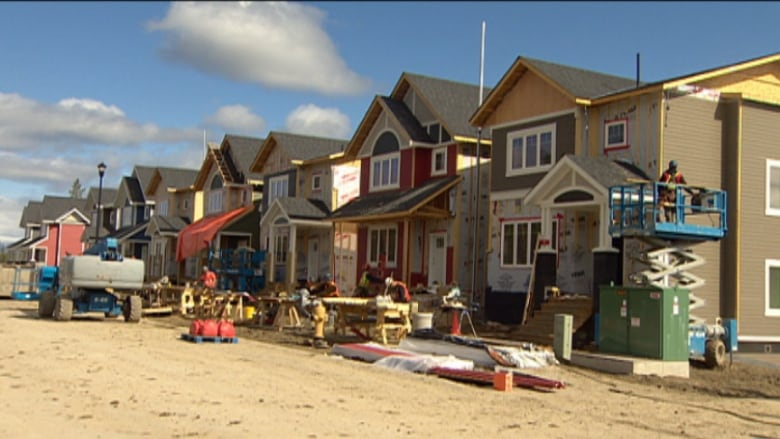 Whitehorse house prices up over 2014 north cbc news for Yukon bureau of statistics