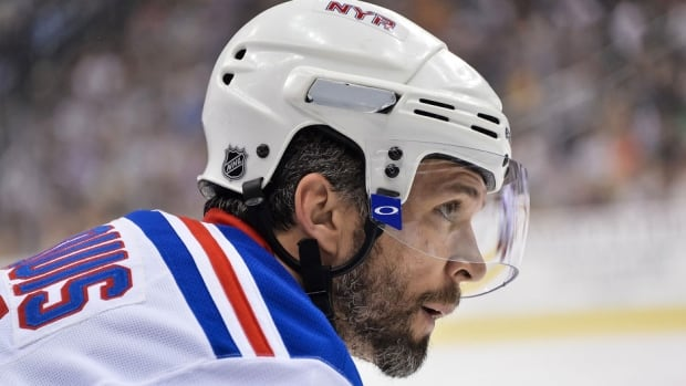 Martin St. Louis tallied more than 1,000 regular-season points in his NHL career.
