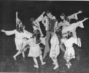 Sarah Sommer Chai Folk Ensemble