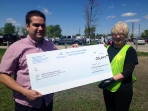 councillor Jeff Browaty cheque
