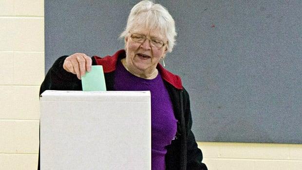 Northern Gateway vote 20140412