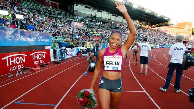 Allyson Felix acknowledges the applause after winning the 200 metres at Bislett Stadium in Oslo, Norway, on Wednesday.