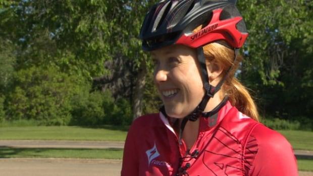 Paula Findlay shared triathlon training tips to cyclists at Hawrelak Park Saturday morning.