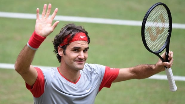Roger Federer prevailed to win the Gerry Weber Open for the seventh time on Sunday.