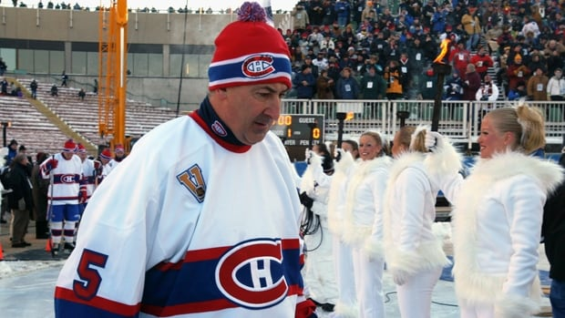 Guy Lapointe, inducted into the Hall of Fame in 1993, will have his No. 5 raised to rafters of Bell Centre in Montreal next season.