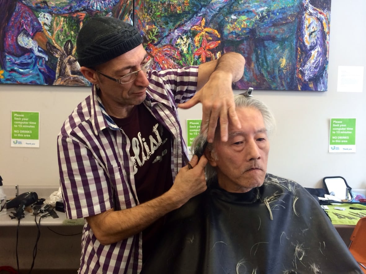 Vancouvers Downtown Eastside Residents Get Free Services For The