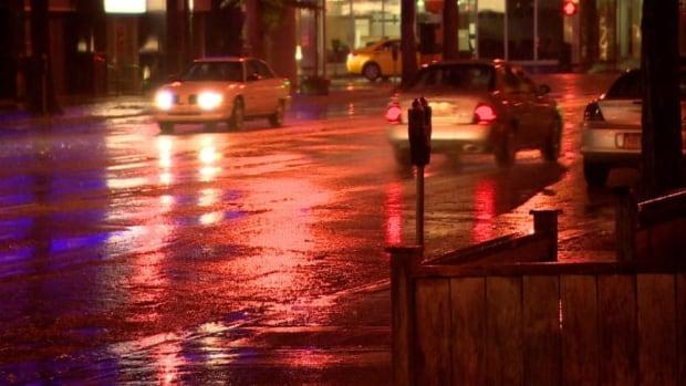 Saskatoon gets rain skpic