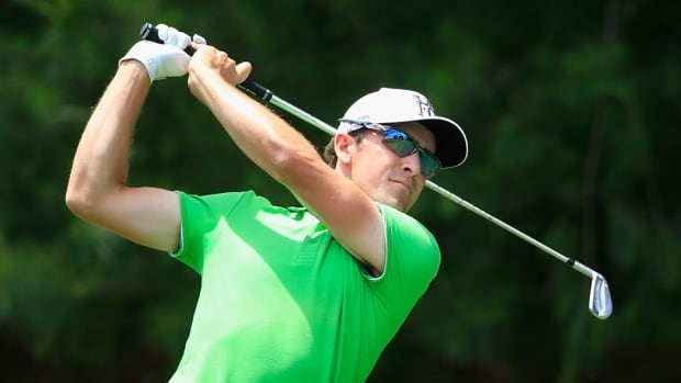 Scott Langley has a one-stroke lead at the Travelers Championship heading into the weekend.