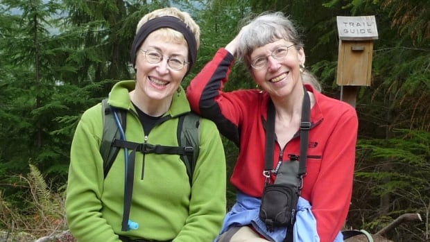 Karen Sykes, right, had written over 200 stories about her treks on Mount Rainier, often seeking out low-traffic trails and finding new areas to hike.