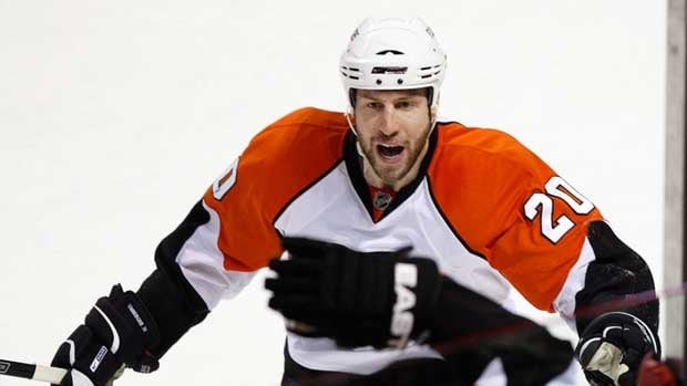 Winger R.J. Umberger spent his first three NHL seasons with the Flyers, who re-acquired him on Monday from Columbus along with a 2015 fourth-round draft pick for fellow winger Scott Hartnell.