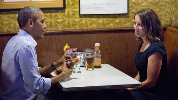 U.S. President Barack Obama had lunch with Rebekah Erler, who had sent a letter to the White House, as part of his new effort to spend time with average citizens across the country.