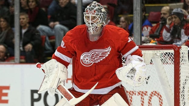 Jonas Gustavsson went 16-5-4 during 27 appearances while backing up Jimmy Howard last season.