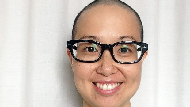 Mai Duong is a leukemia patient in need of a stem cell transplant. She is appealing to Vietnamese people to sign up to the Quebec bone marrow registry.