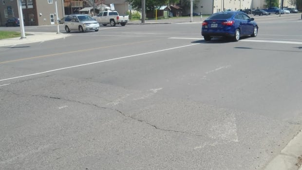 After Thunder Bay's long winter, city road crews are finally repainting the lines that have faded. A city official says the continuing cool, wet weather has slowed their progress.