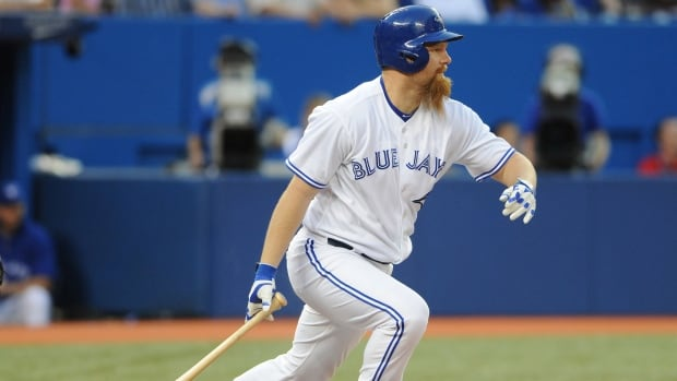 Toronto Blue Jays designated hitter Adam Lind is headed to the disabled list after an MRI revealed a broken foot.