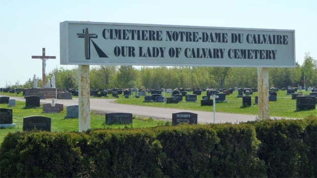 Our Lady of Calvary Cemetery in Dieppe