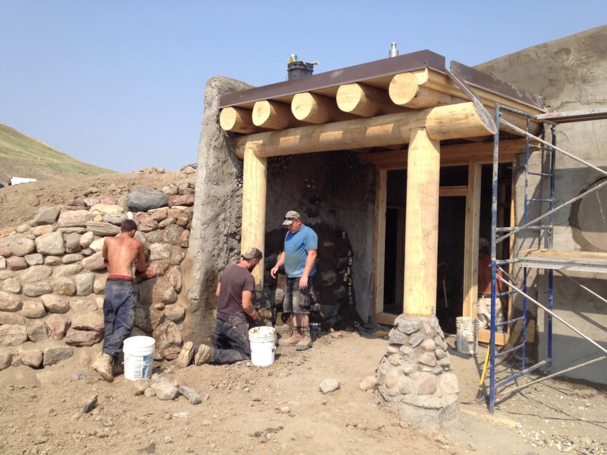 The Goal Of An Earthship Home Is To Be Totally Self Sustaining.