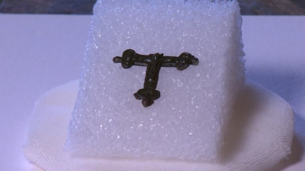 A 400-year-old copper crucifix discovered in the ground in Ferryland, N.L., is an exciting archeological discovery that sheds light on the religious dynamics of colonial Newfoundland.