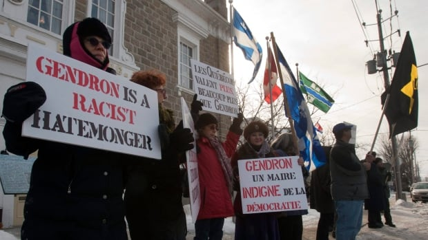 Members of the Jewish Defence League protested anti-Israel statements made by former Huntingdon, Que.  mayor Stephane Gendron on his French-language talk show in 2012. The group is expanding its operations into Montreal, and hopes to influence voters during the next federal election.