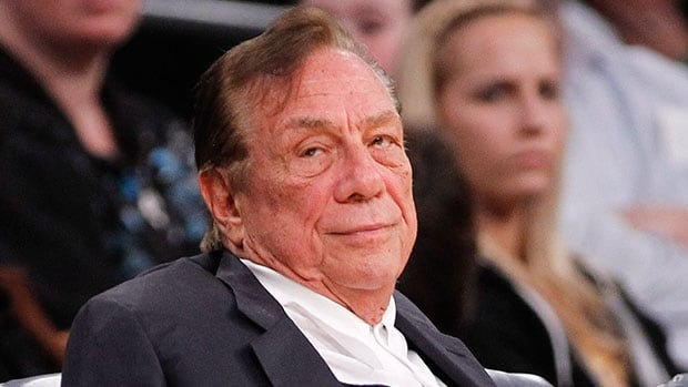 A judge has ruled against Los Angeles Clippers owner Donald Sterling Monday and cleared the way for the $2-billion US sale of the team to ex-Microsoft CEO Steve Ballmer.