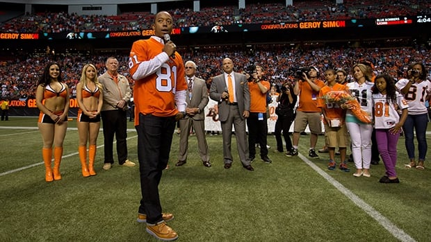 Lions stalwarts Brent Johnson and Jamie Taras will have their numbers retired, like Geroy Simon (81) did July 25 at B.C. Place.