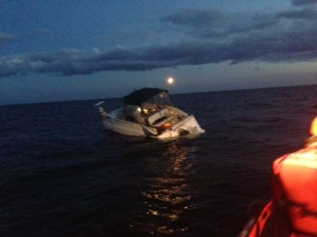 Coast-guard save Yellowknife July 2014