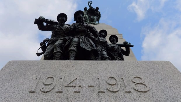 The National War Memorial in Ottawa commemorates the 60,000 Canadians killed in the First World War.