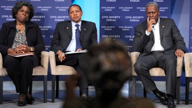 Panelists, from left, Assistant Secretary of State for African Affairs Linda Thomas-Greenfield, Tanzanian President Jakaya Kikwete, and Ghana's President John Dramani Mahama, listen to a question at the Civil Society Forum as part of the 2014 U.S. Africa Summit in Washington, Monday, Aug. 4, 2014.