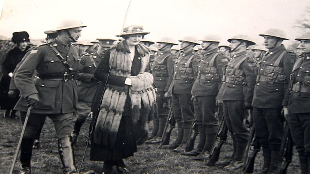 PPCLI Founder Hamilton Gault and Princess Patricia inspect the newly-formed regiment in Ottawa, prior to the PPCLI's voyage to Europe to fight in the First World War.